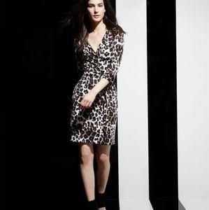 DIANE VON FURSTENBERG Snow Leopard Silk Wrap Dress